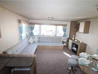 2017 Deluxe ABI HORIZON STATIC CARAVAN FOR HIRE AT HAGGERSTON CASTLE NORTHUMBERL