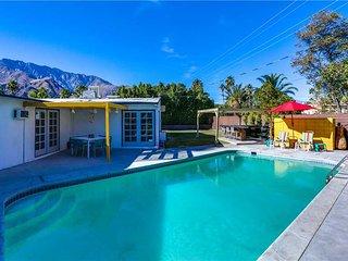 Palm Springs Pool Bungalow
