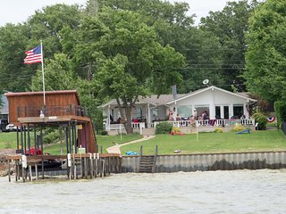 Gun Barrel City House on Cedar Creek Lake