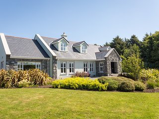 Ballinakill Lodge - 6 bed house huge accommodation & gardens, wheel chair access