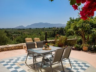 Wonderful peaceful stone house with nice view / Chania/Georgioupoli