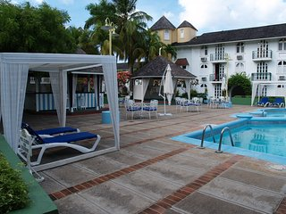 Beautiful Beachfront  Studio Condo Ocho Rios Jamaica