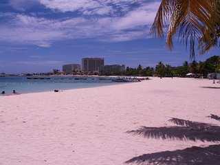 Beautiful Beachfront  1 Bedroom Condo D15, Ocho Rios Jamaica