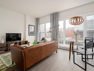 Charming 1BR in Quartier des Spectacles by Sonder