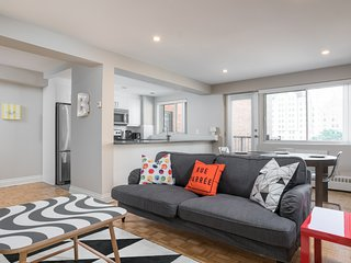 Charming 2BR in Downtown Montreal by Sonder