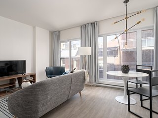 Pleasant 1BR in Quartier des Spectacles by Sonder