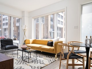 Colorful 1BR in Quartier des Spectacles by Sonder