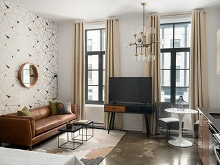 Lively Studio in Old Montreal by Sonder