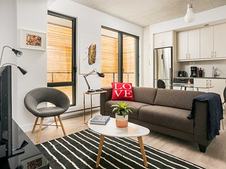 Posh Studio in Old Montreal by Sonder