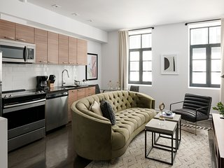 Beautiful 1BR in Old Montreal by Sonder