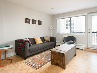Modern 2BR in Downtown Montreal by Sonder