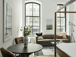 Unique Studio in Old Montreal by Sonder