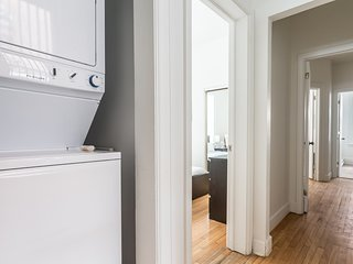 Grand 6BR in Downtown Montréal by Sonder