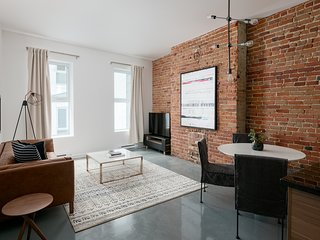 Smart 2BR in Old Montreal by Sonder