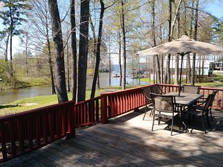 Holy Toledo I - Toledo Bend Lakefront Lodge