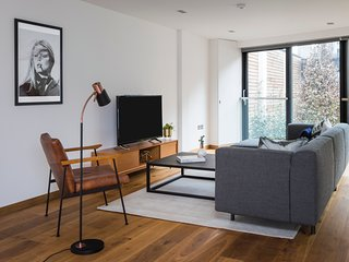 Loft-Style 2BR in King's Cross by Sonder