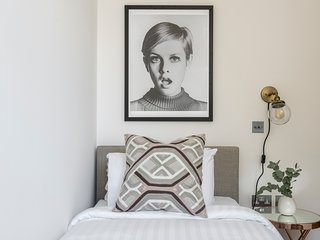 Charming 3BR in King's Cross by Sonder
