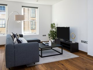 Sharp 2BR in King's Cross by Sonder