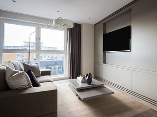Sleek 2BR in Westminster by Sonder