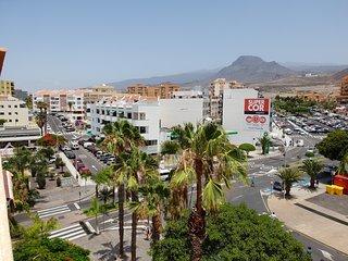 Casa Las Montañas only 350 meters to Las Vistas beach, aircon. wifi, balcony