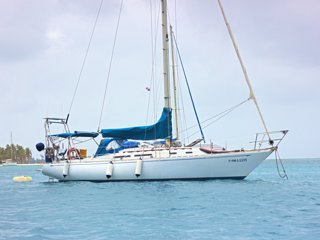 Sailboat in San Blas on a budget