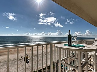 Daytona Beach Resort Condo w/Pool & Hot Tub Access
