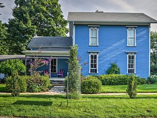 NEW! 'Pentwater Blue' Cottage 4 Blocks from Beach!