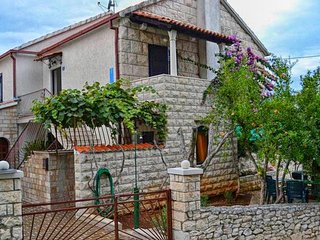 One bedroom apartment Sutivan (Brač) (A-16099-b)