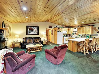 'Ski Sweet' 2BR Retreat w/ 2 Decks & Fireplace - 5 Minute Walk to Snow Summit