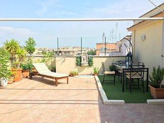 Exclusivo atico con terraza jardin en Vaticano