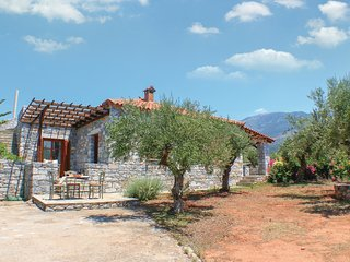 3 bedroom Villa in Selinitsa, Peloponnese, Greece : ref 5561595
