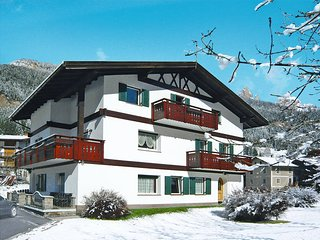 2 bedroom Apartment in Pozza di Fassa, Trentino-Alto Adige, Italy : ref 5437829