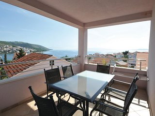 2 bedroom Apartment in Okrug Gornji, Croatia - 5562012