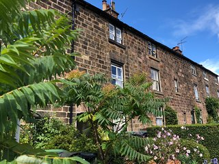 Historic Cottage in the heart of Belper