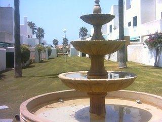 Chalet adosado en preciosa urbanización privada con piscina