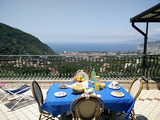 Private sea-view terrace on the hills of Sant'Agnello di Sorrento