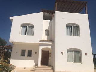 4 bedrooms villa for rent in El Gouna