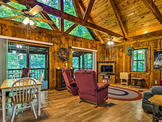 NEW! Tellico Plains Cabin-25 Acres, Backyard Creek
