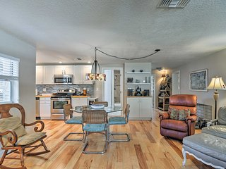 NEW! Updated Largo Home-15 Min to Clearwater Beach