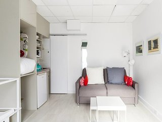 Cute and Cosy Duplex in Batignolles for 4p