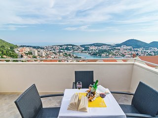 Apartment in Dubrovnik with Internet, Air conditioning, Parking, Terrace (989212