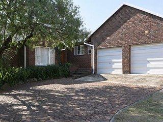 Sandton, Johannesburg - Exclusive use of 4 bedroom house
