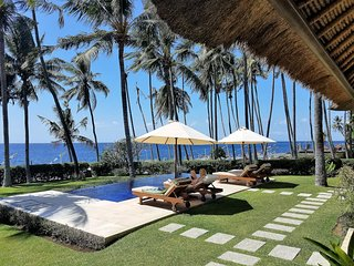 Villa Pantai - private beach access immediately in front!