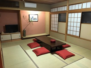 #8, Yoyogi House, btw Shinjuku and Harajuku, 2mins to STN, up to 10ppl