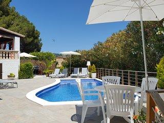 Villa - Chale en una ubicacion excepcipnal, en un entrorno de naturaleza.