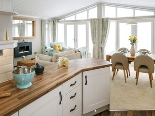 Welhams Meadow Luxury Lodges