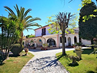 4 bedroom Villa in Ardea, Latium, Italy : ref 5440500
