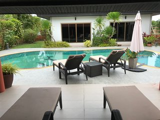 Convenient pool villa in quiet location, near Laguna, Boat avenue. Pasak3