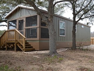 Cottage #1, The Cottages on Fisher - Located in the heart of Matagorda