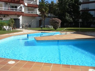 Andaluz Apartments - beach 300 meter - centre - pool - good Wifi - television
